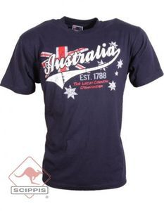 """Australien macht sich einfach immer gut. Im Reisepass, im Herzen und auf dem Shirt...  natürlich nur wenn es von Scippis ist :-)  Ein Scippis-Shirt für alle Australien-Liebhaber.  Ausdrucksstarkes """"POSTCODE AUSTRALIA Design"""" Motiv"""