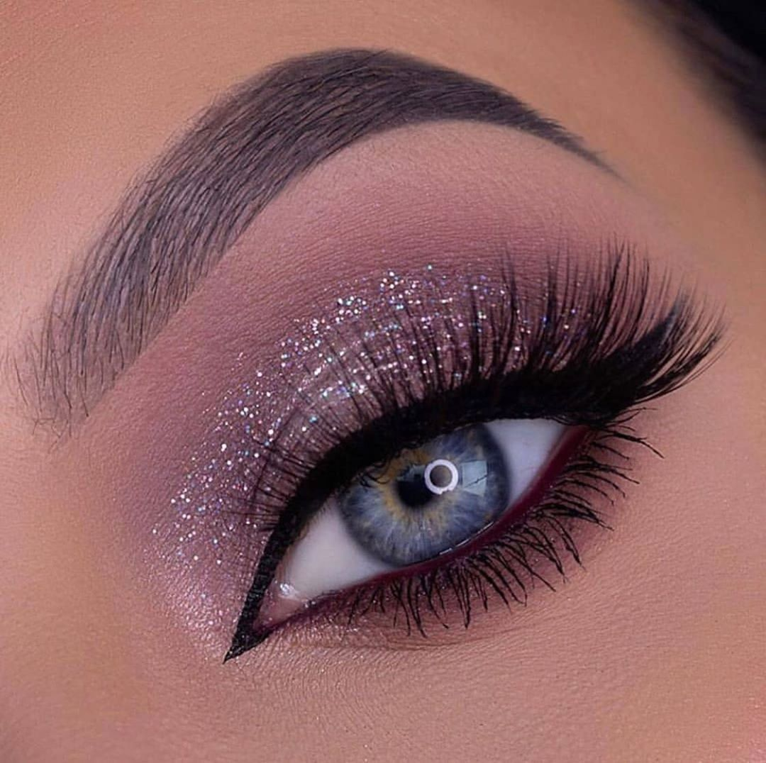 Pin by Ashley Couch on Makeup in 2020 Eye makeup, Makeup