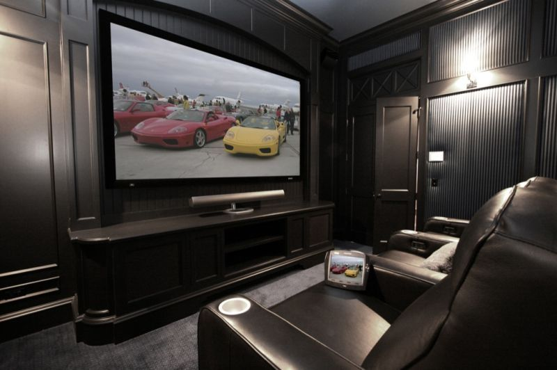 Modern small home theater room design with dark black for Theatre room furniture