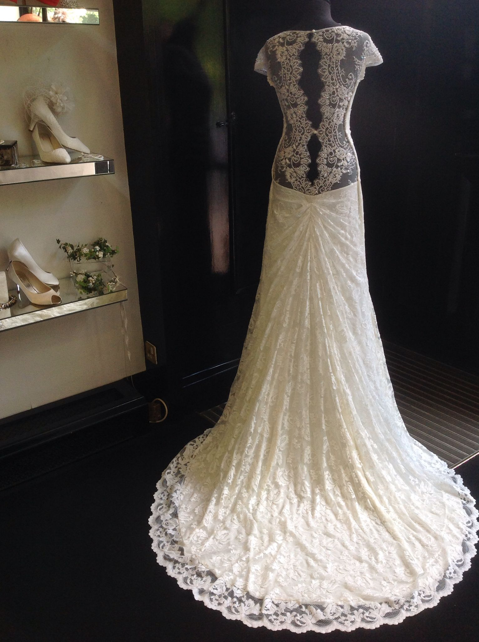 Stunning Low Backed Ivory Olvis Lace Dress And It S Available In 63 Colours