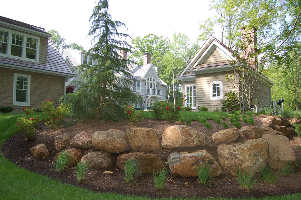 Pleasing Boulders And Walls Gordon Eadie Landscape Design Main Home Interior And Landscaping Palasignezvosmurscom