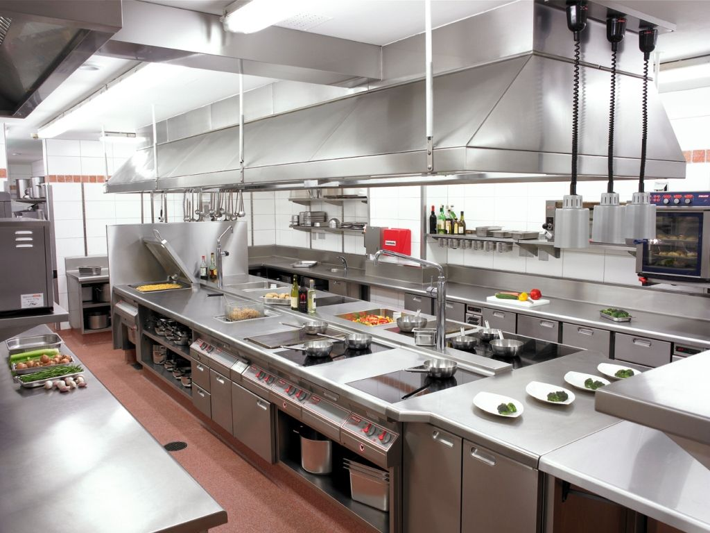 Amazing Restaurant Kitchen Design. A Sort Of Vintage Commercial Kitchen Restaurant  Design E