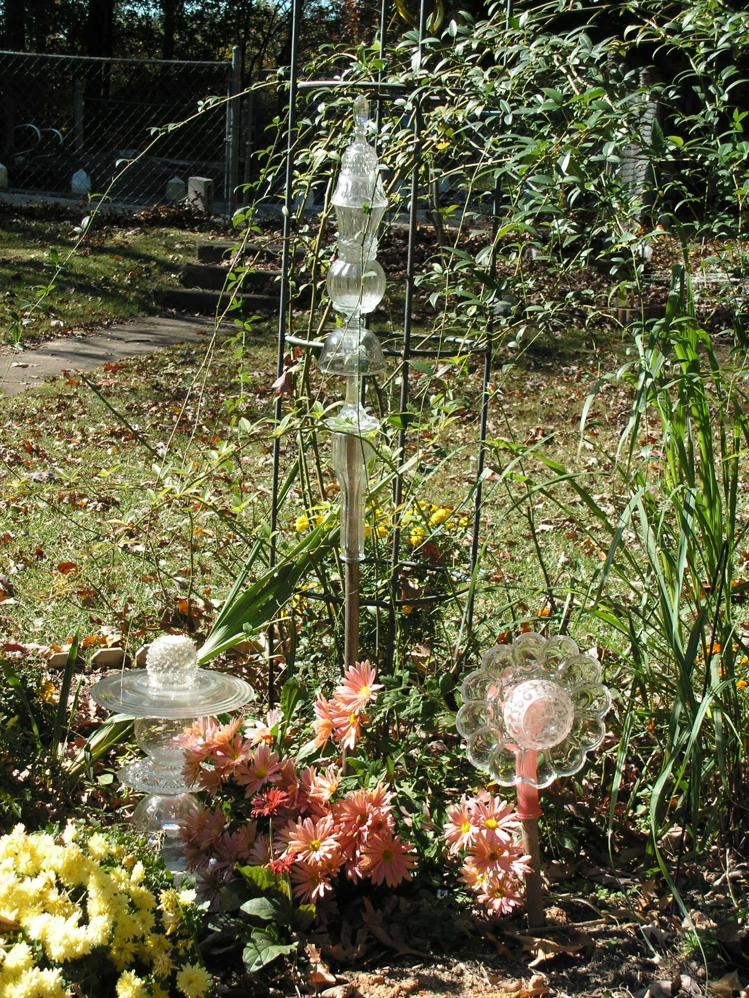 Some of my \'garden glass art\' from pinterest ideas. 2012 MM | We did ...