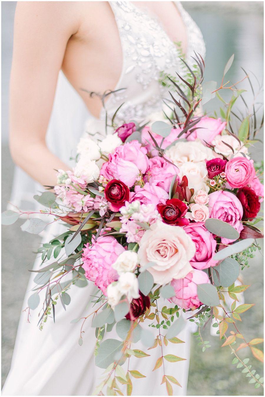 Wedding flowers bouquet vancouver wedding photographer vancouver wedding flowers bouquet vancouver wedding photographer vancouver wedding photos jasmine hoffman makeup izmirmasajfo
