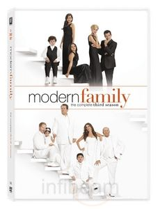 Buy Modern Family Season 3 Dvd In English Online On Infibeam With The Lowest Price In India This Thre Modern Family Season 3 Modern Family Modern Family Dvd