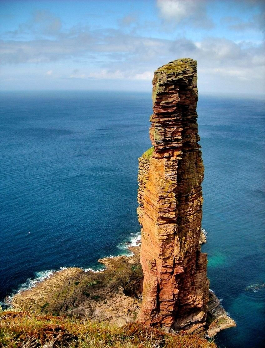 The old man of Hoy (Orkney Islands, Scotland) I would love to see this place, it looks so peaceful and beautiful.
