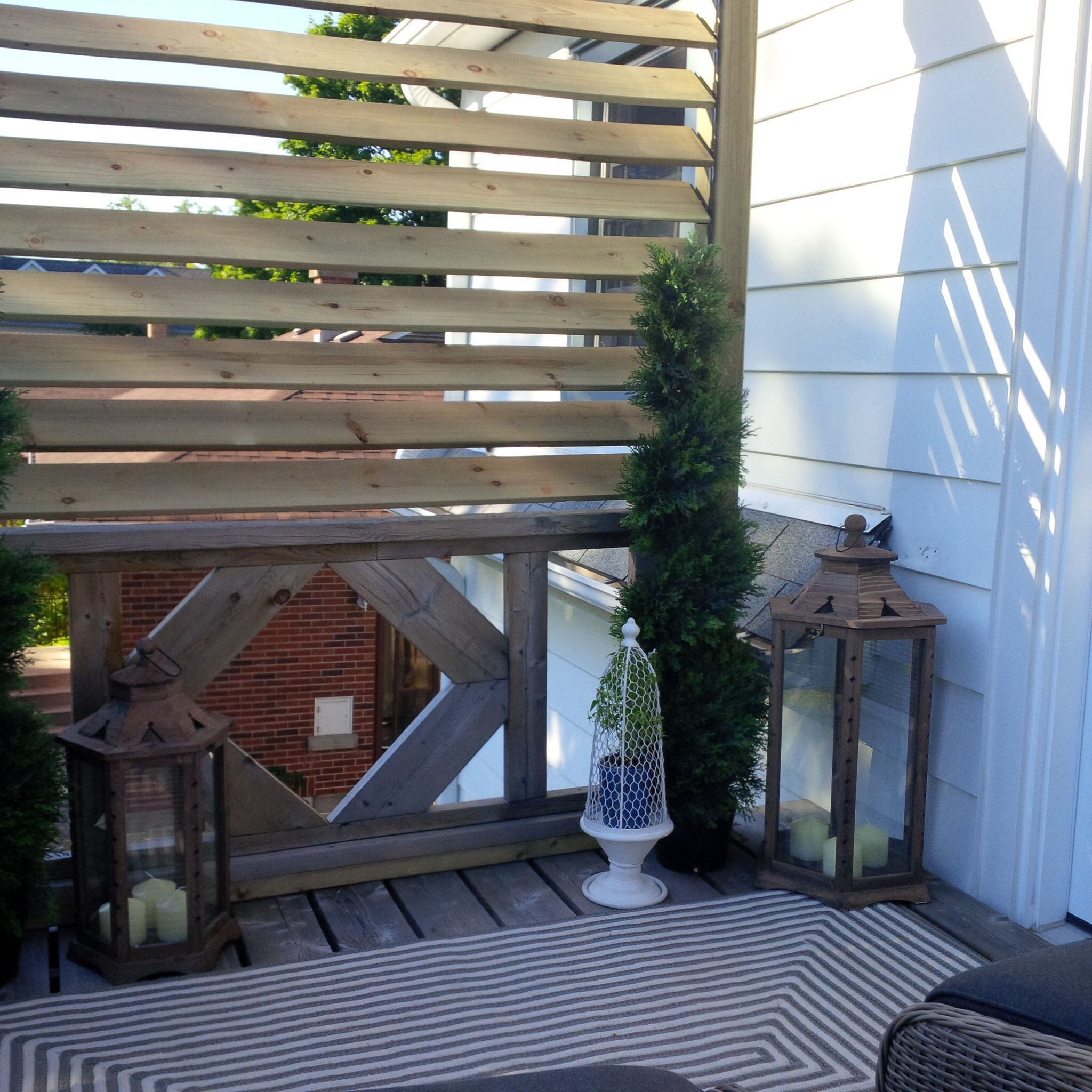 Diy Wood Shutter Privacy Screen Second Storey Deck Makeover