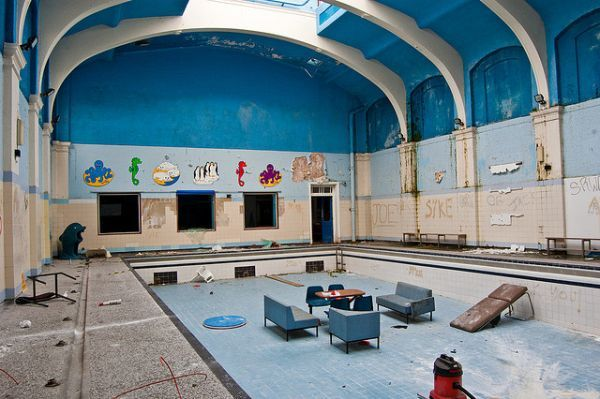 City baths abandoned swimming pool in durham pools the for Disused swimming pools