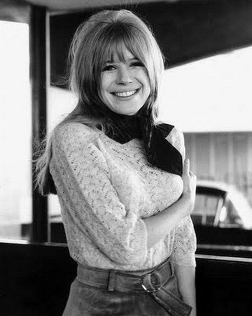 Marianne faithfull 1960s kids in school used to tell me i looked marianne faithfull 1960s kids in school used to tell me i looked like her altavistaventures Choice Image