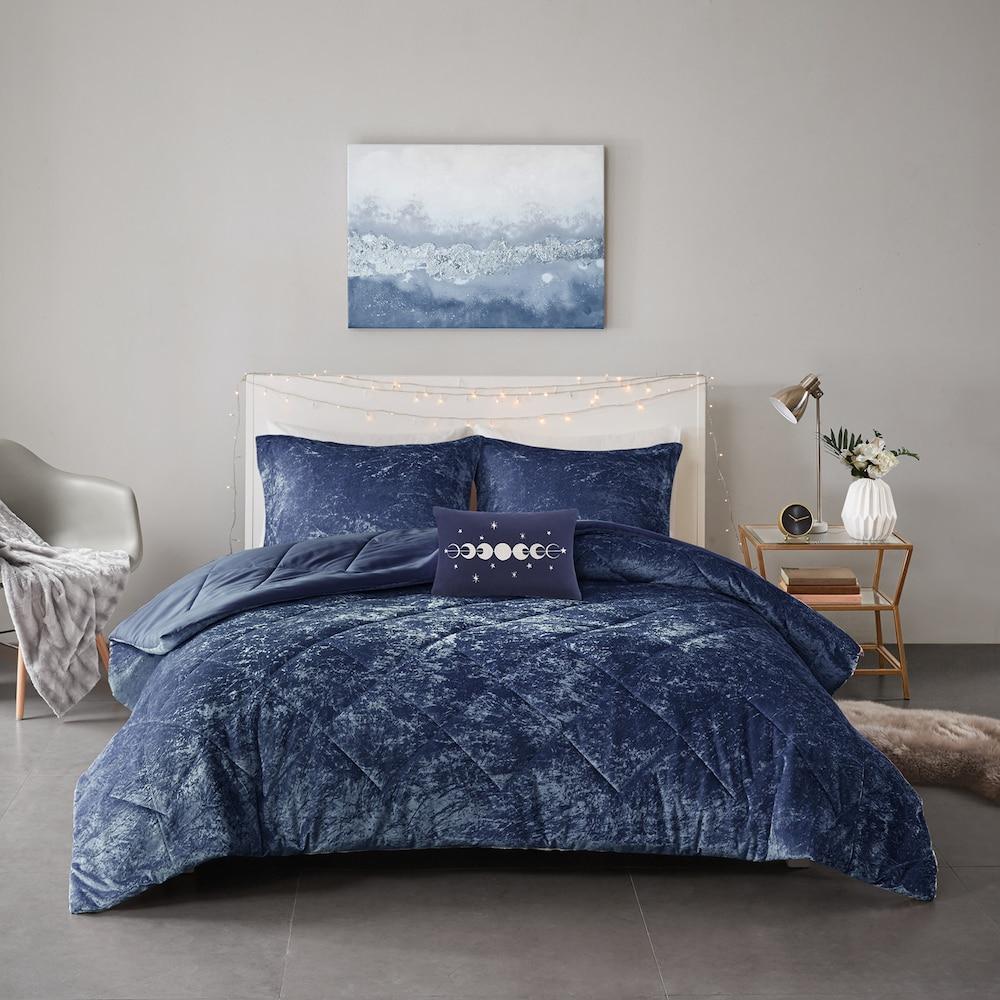 Intelligent Design Isabel Velvet Comforter Set, Blue, Twin