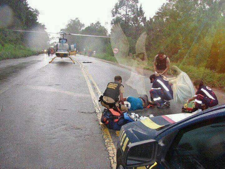 Jesus And Angel In The Scene Of The Car S Accident In Louisiana