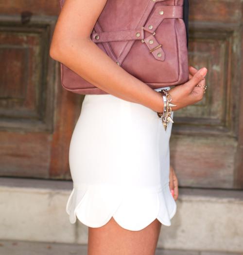 white scalloped shorts/skirt