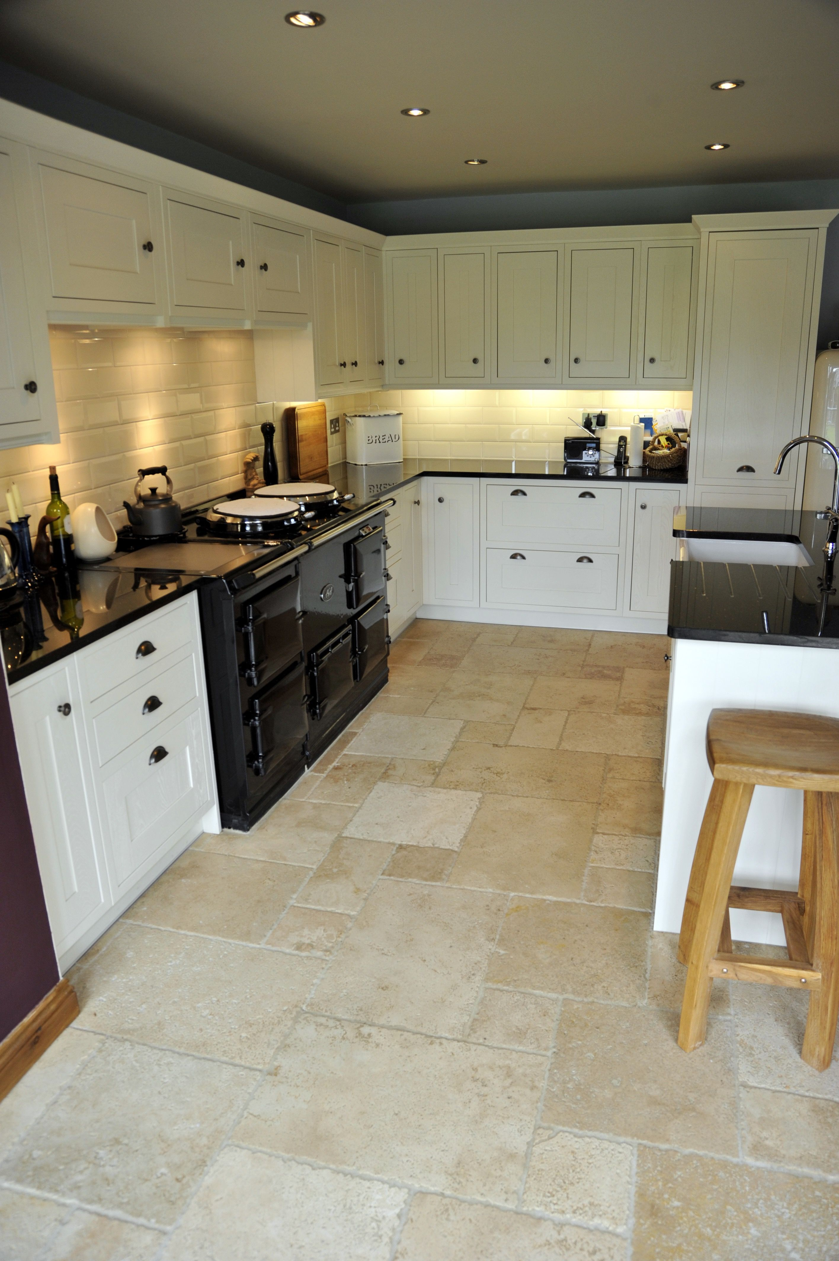 You Are Tiling A Kitchen Floor That Is 10ft Modern Kitchen