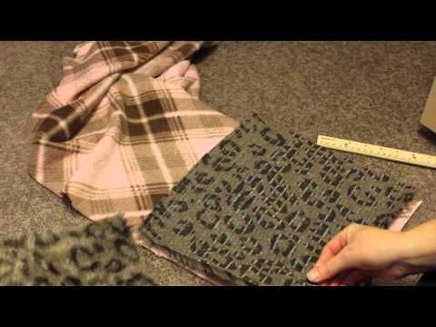 ▶ How to make a fleece scarf with pockets - YouTube