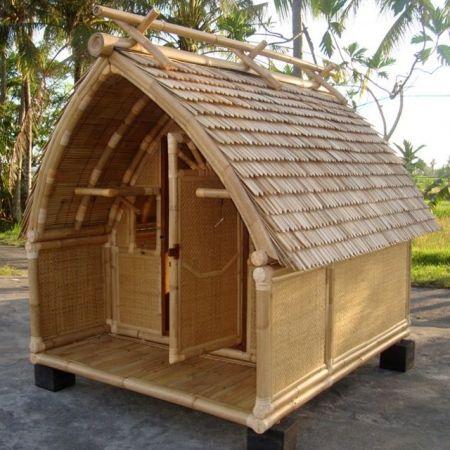Cabane en bambou \