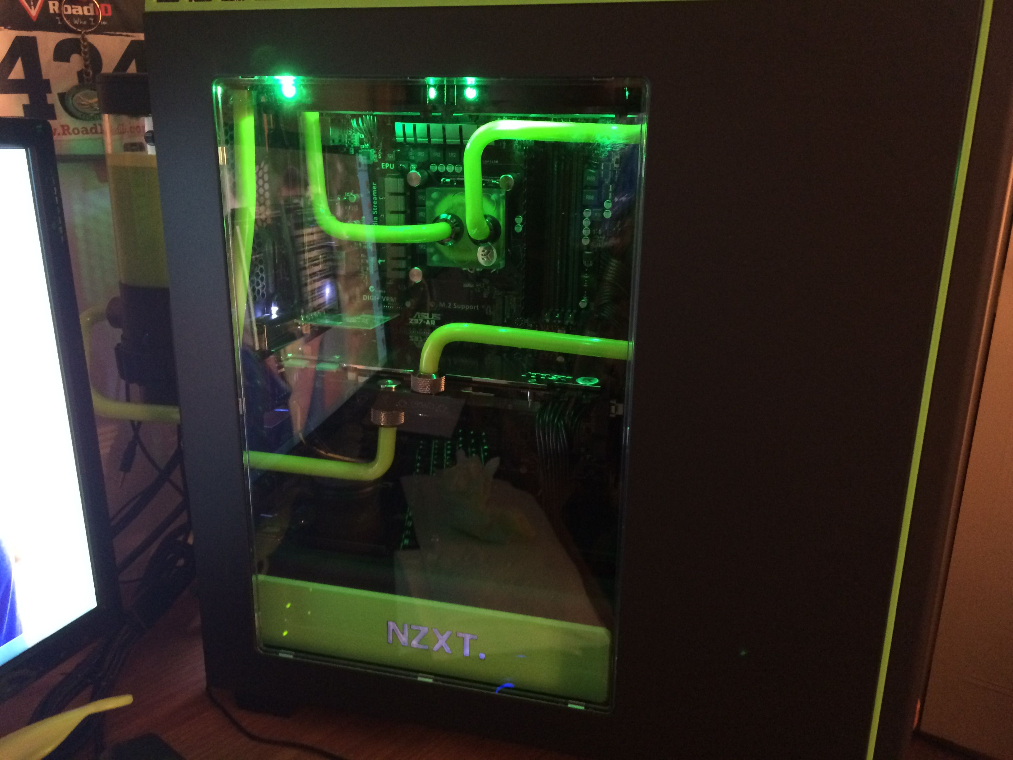 Nzxt H440 Case Liquid Cooled Cool Stuff Water Cooling Case