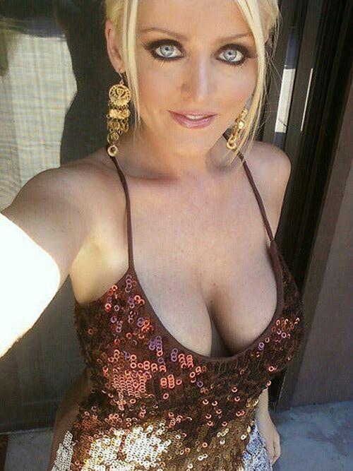 Bettie ballhaus big boobs