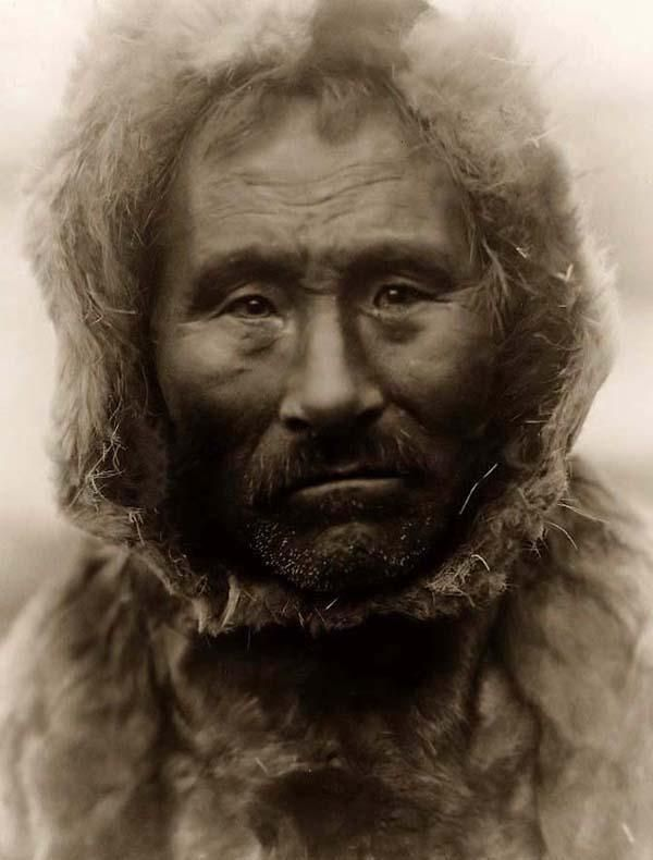 06cb7b708a1 You are looking at an educational picture of a Noatak Eskimo Man. It was  taken in 1929 by Edward S. Curtis. The picture presents a  Head-and-shoulders ...