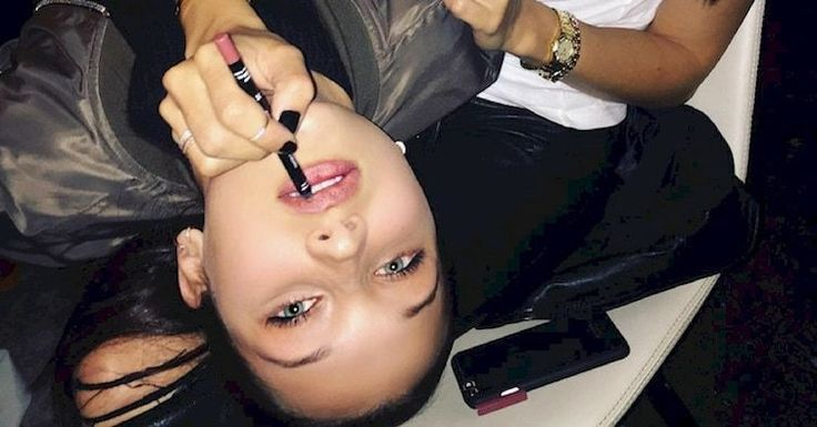 16 Weird Celebrity Beauty Hacks That Might Actually Be Genius #Over40BeautyProducts - #actually #beauty #celebrity #genius #hacks #might #weird - #new #AntiAgingBeautySkinCare