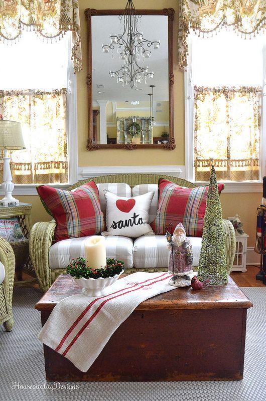 Christmas-Sunroom-Housepitality Designs- i heart santa!