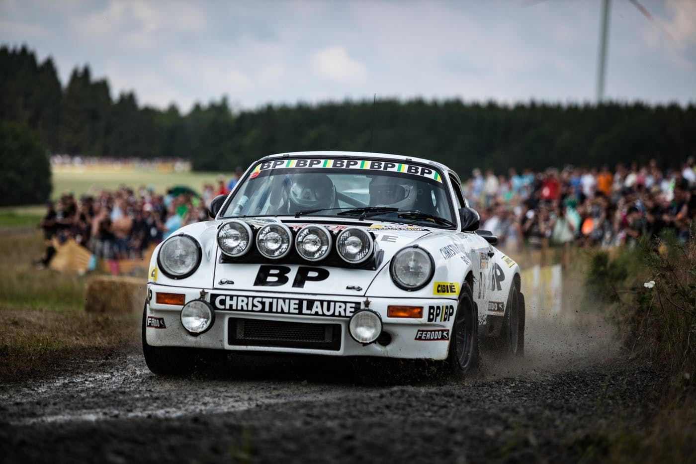 Porsche at the Eifel classic rallye | DRIVETRIBE