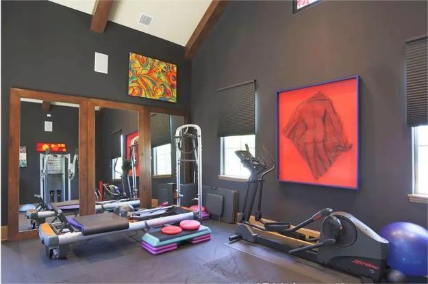 Inspirierende Home Gym Design-Ideen und dekorative Akzente, die ...