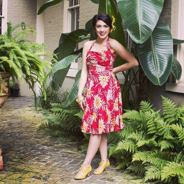 The Red Waterlilies Trixie Dress is our original modernized interpretation of a Hawaiian 1950s fashion style! #trashydivaredwaterlilies #trashydivatrixiedress