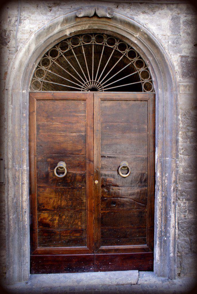 Old Italian door Italian doors, Entrance gates, Single doors