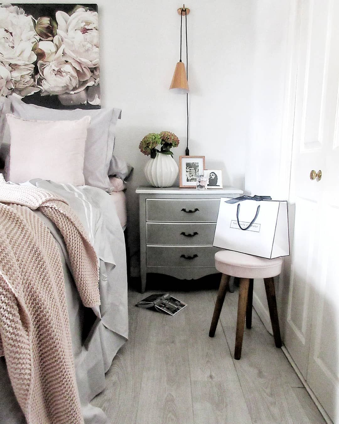 Gorgeous Gray And White Bedrooms: White And Grey Bedroom With Blush Pink And Copper