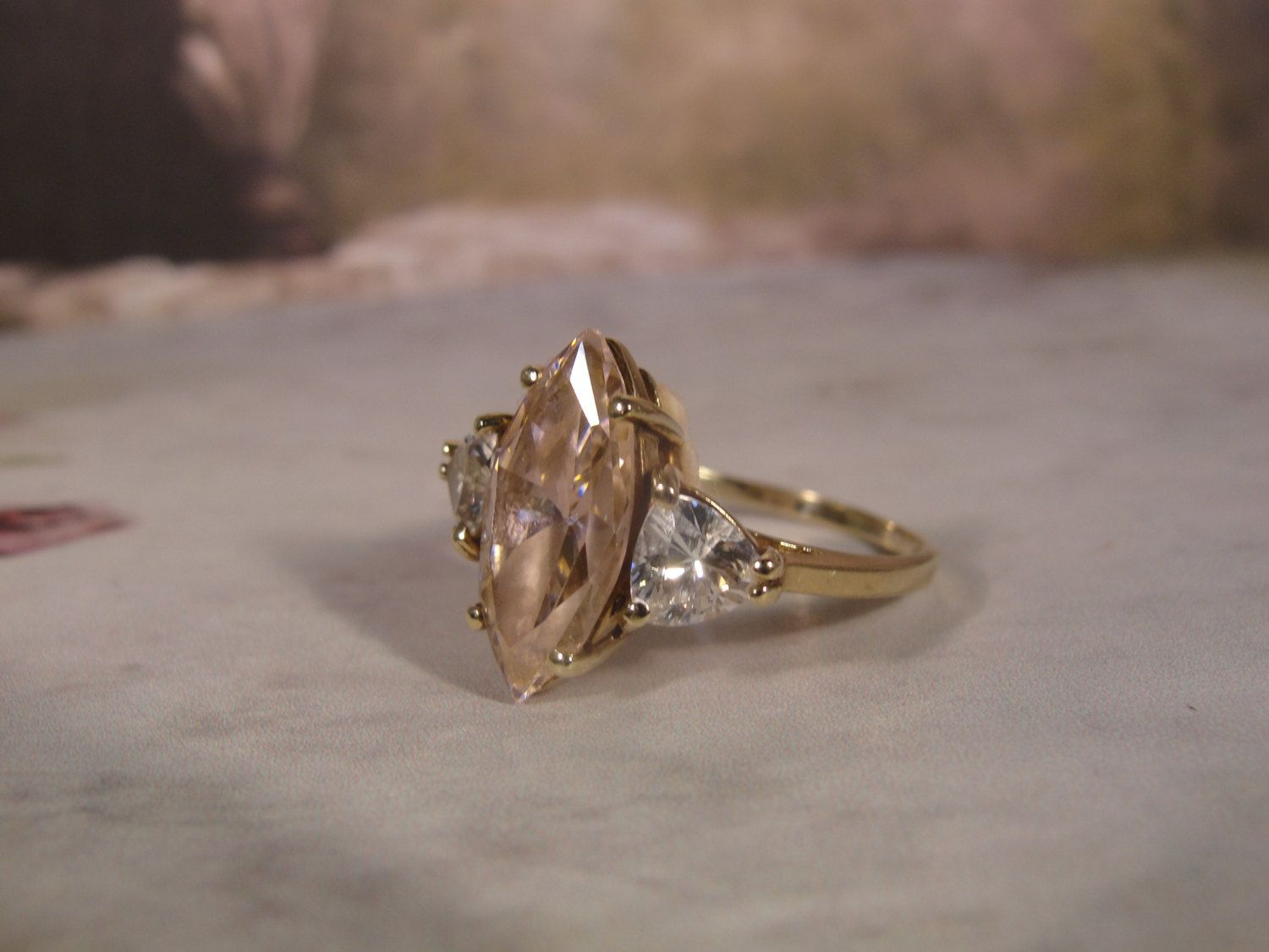 1980s 10k Gold Ring With A Pale Ice Pink Cubic Zirconia Etsy Diamond Sizes 10k Gold Ring Cz Diamond