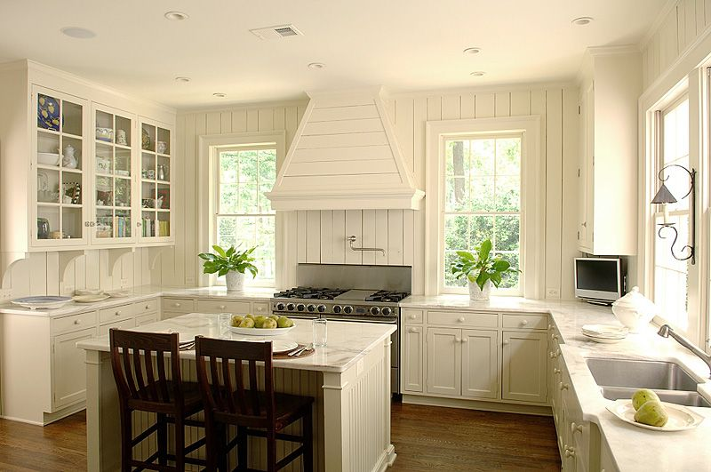 Bill Litchfield Designs The Architecture Of William B Litchfield Atlanta Ga Beadboard Kitchen Cottage Kitchen Design Ivory Kitchen