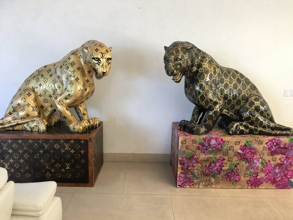 Groovy Louis Vuitton And Gucci Jaguar Statues Statue Lion Creativecarmelina Interior Chair Design Creativecarmelinacom
