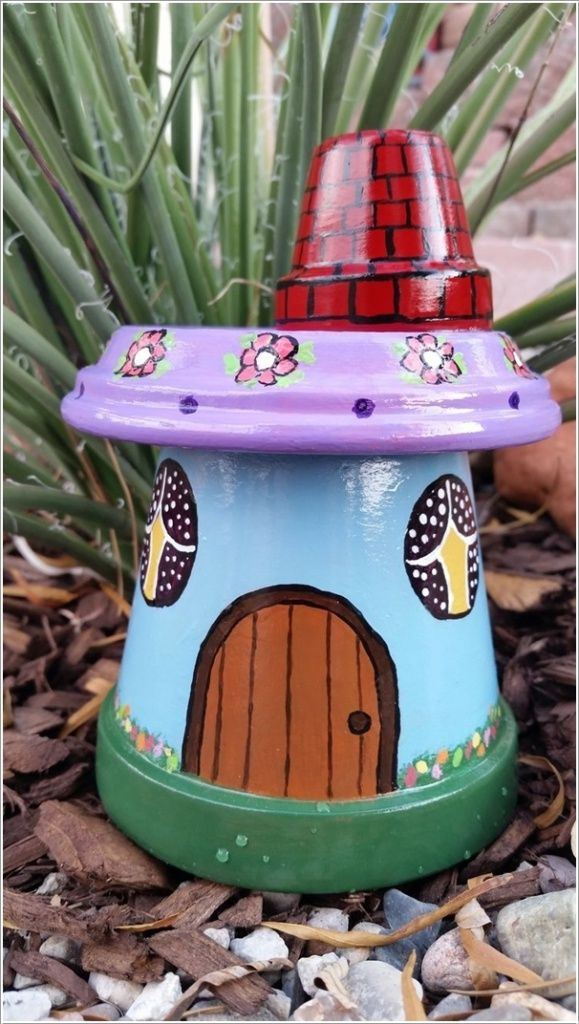 10 Cool Clay Pot Garden Crafts for You to Try 2