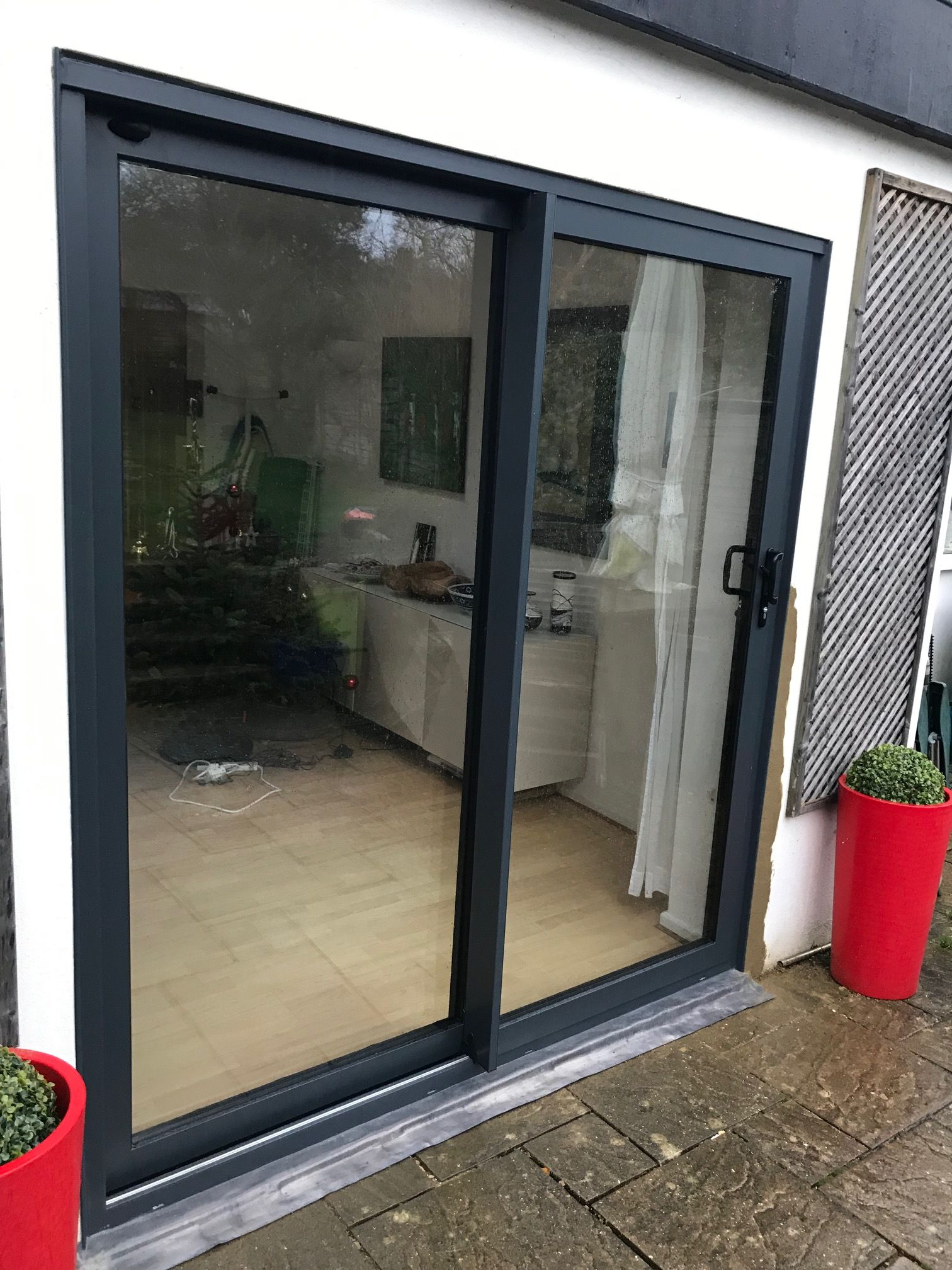 Aluminium Patio Doors In Anthracite Grey Aluk Aluminium Sliding Doors Door Gate Design Small Patio Design