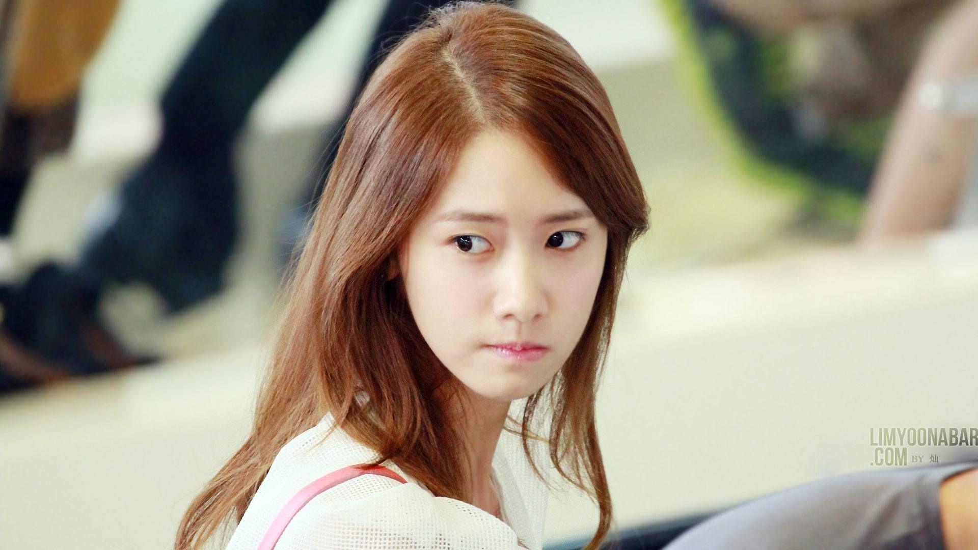 115 Idols Voted To Determine The Prettiest Girl Group Member Koreaboo Yoona Girl Group Yoona Snsd