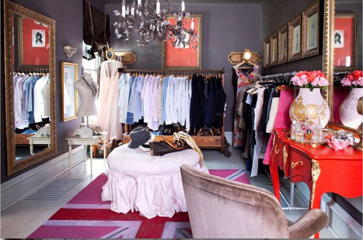 Convert Bedroom To Closet Brilliant I Think This Color Combo Is Slightly Weird But The Red Table Is Inspiration