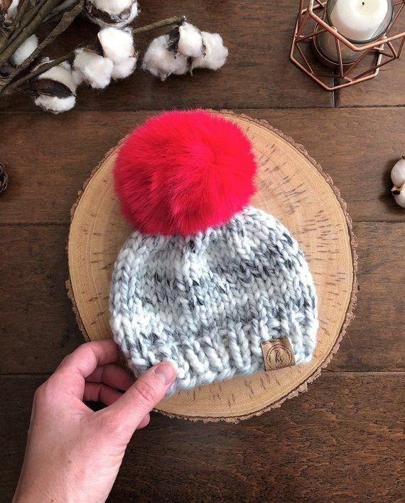 06da8673322 0-3 MONTHS Big Faux Fur Pom-Pom Baby Hat Gray Black White Baby Knit Hat Newborn  Beanie Infant Winter