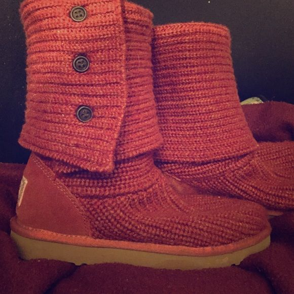 Red authentic cardy UGG's SIZE 7 In great condition! Size 7! I bought them off of here and they fit perfectly and are in great condition but I never wear them and they sit around so I decided to get rid of them. Kind of a dark burnt orangy red color UGG Shoes Ankle Boots & Booties