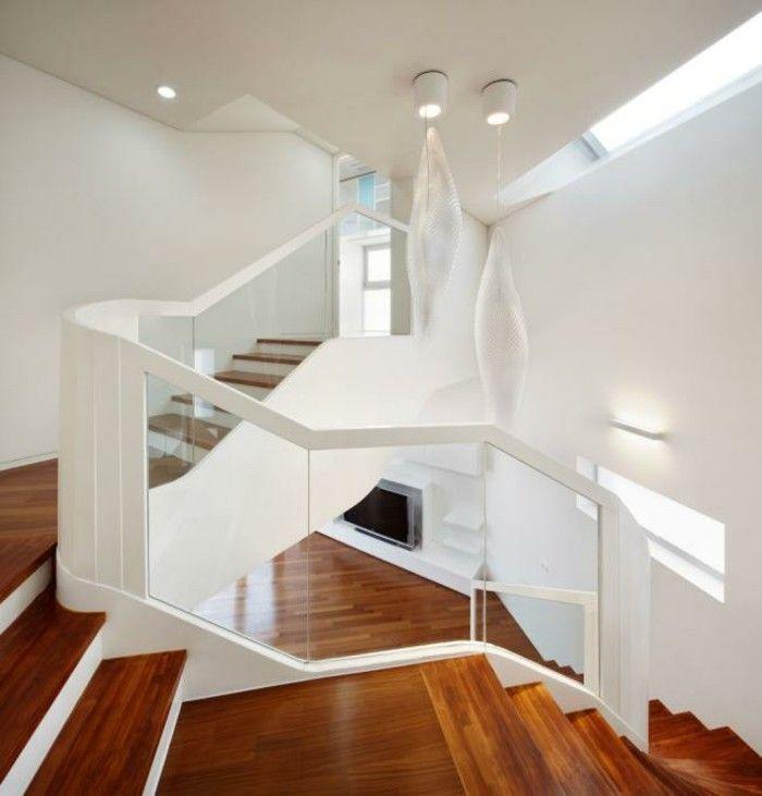 suelo y escalones de parquet para la casa moderna