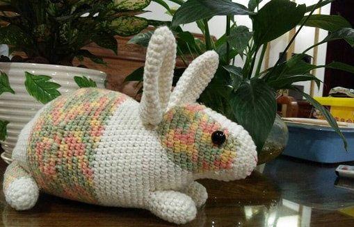 Crochet Rabbit with Pattern | amigurumi | Pinterest