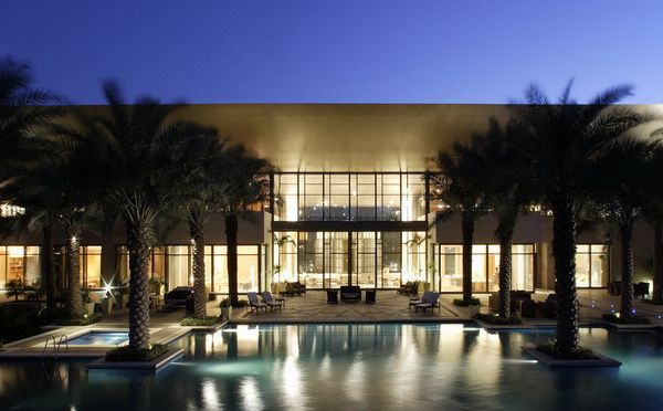 Super luxury home in the uae a desert paradise on earth