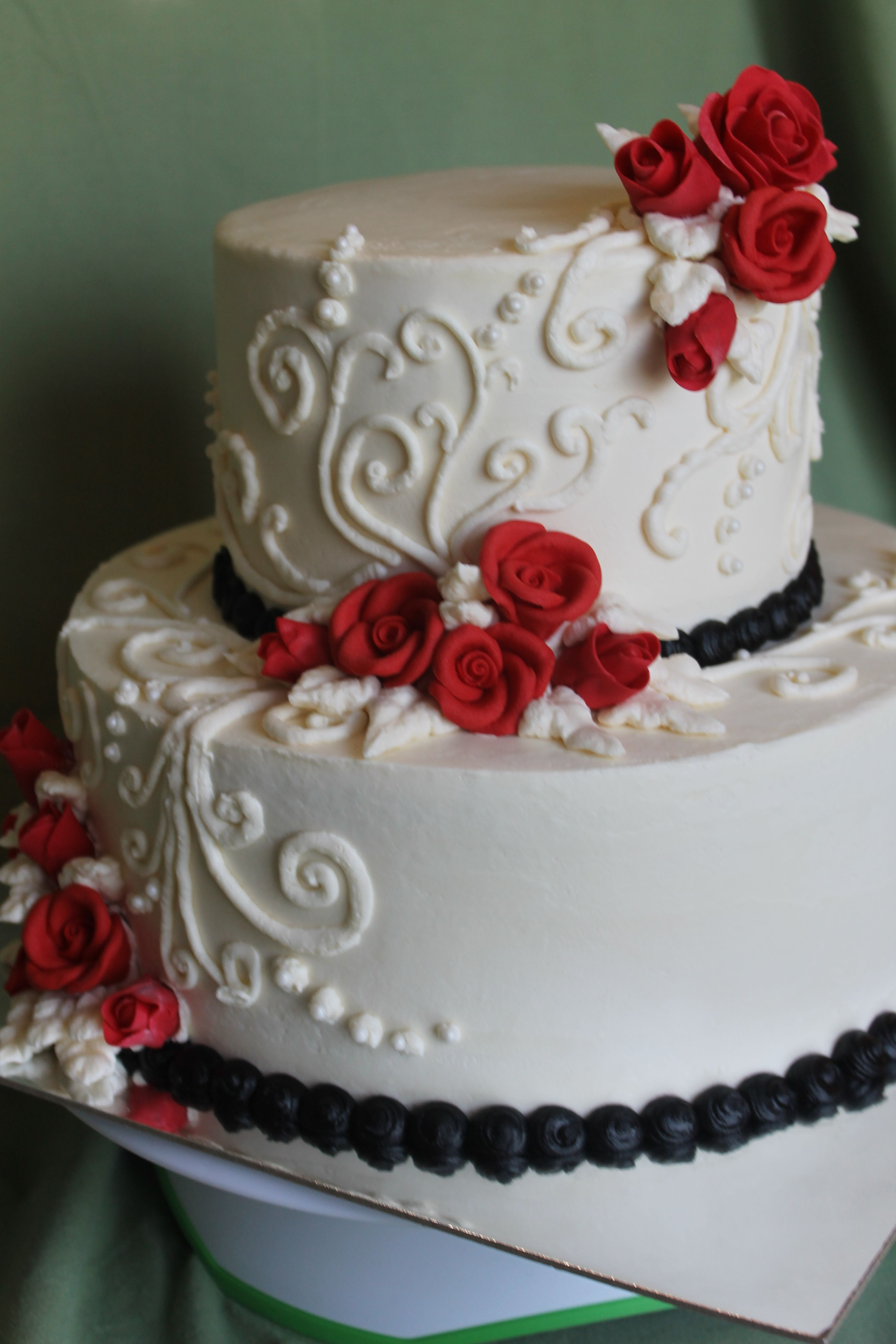 Red, white and black wedding. So classy. | Tiers of Joy, LLC ...