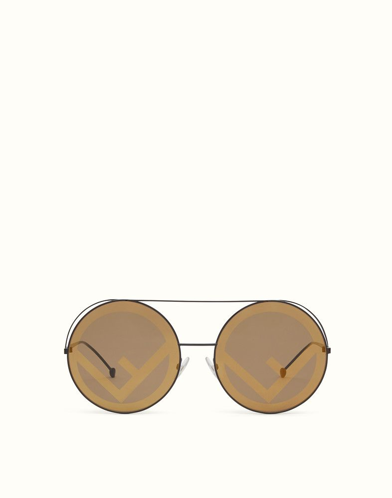 730f457b8a7b FENDI RUN AWAY - Brown AW17 Runway sunglasses. - view 1 detail
