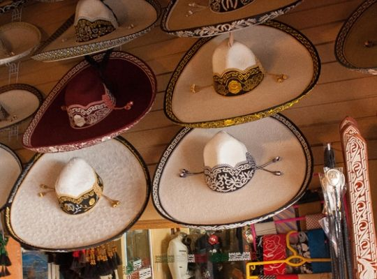 3680800a8fcf8 Sombreros de charro ....