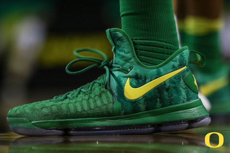 buy online 36276 b825d The Oregon Ducks Get Their Own PE Colorway Of The Nike KD 9