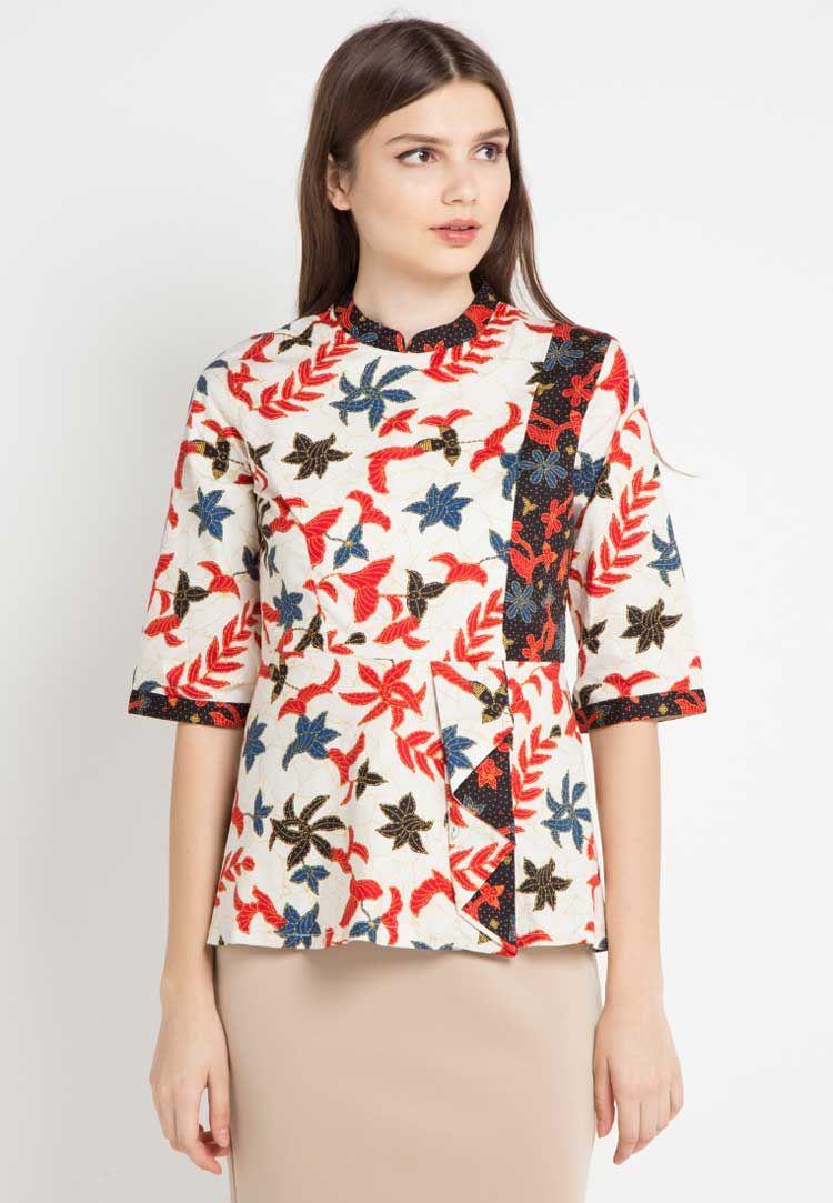 Model Baju Batik Motif Bunga Kecil  Batik fashion, Fashion