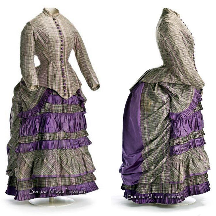 Afternoon dress ca. 1879–81. Museo del Traje, Madrid, via Metrópoli.
