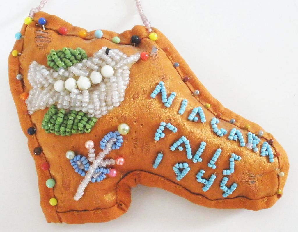 Native American Iroquois Beaded Pin Cushion Niagara Falls 1944