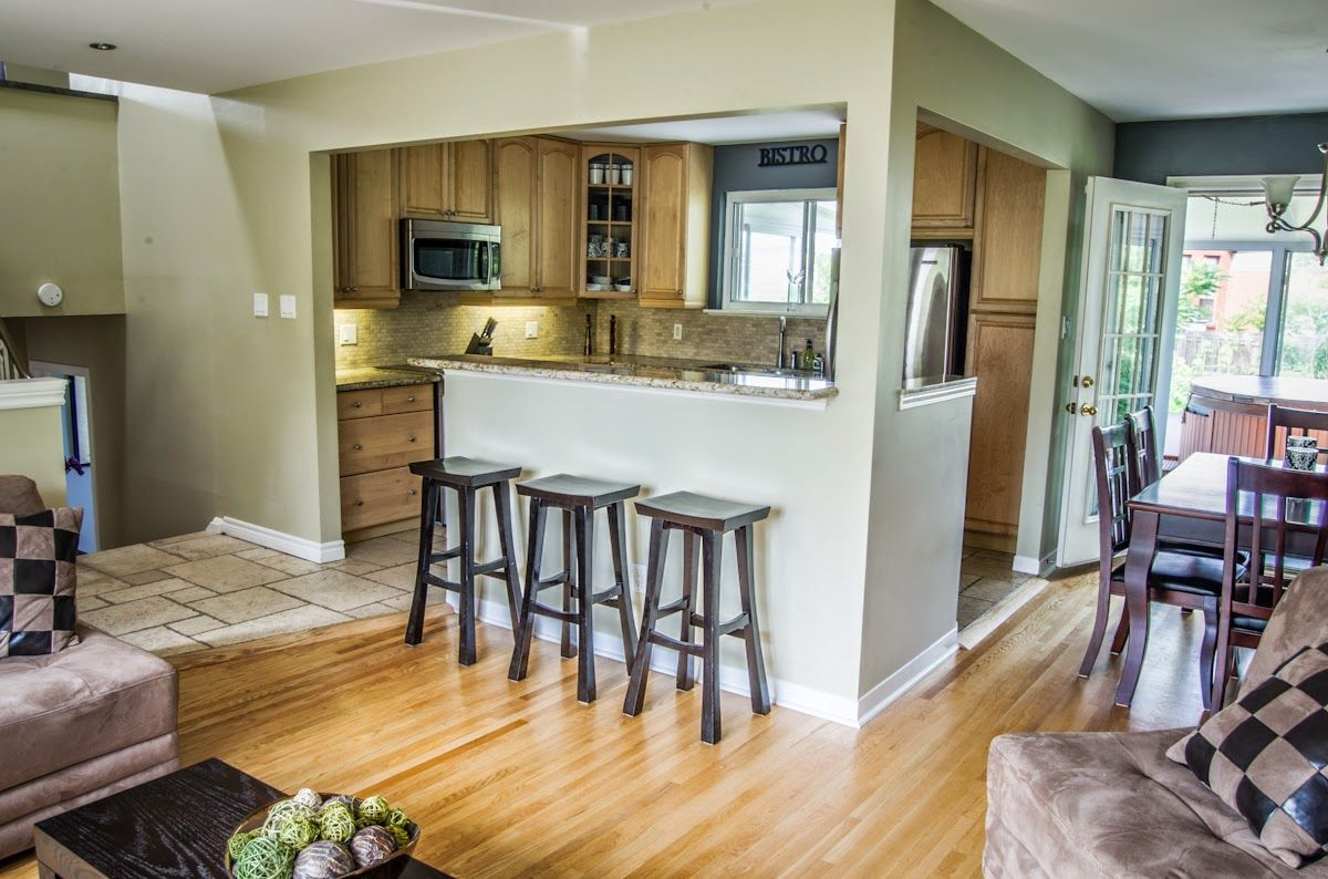 1403 Sandgate Cres Mississauga Ranch Kitchen Remodel Kitchen Design Small Open Concept Kitchen Living Room
