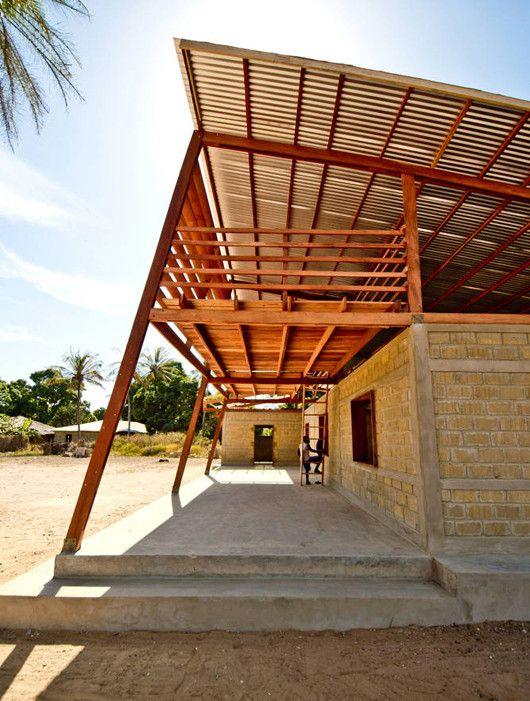 Galeria De Centro Para Jovenes En Niafourang Project Niafourang